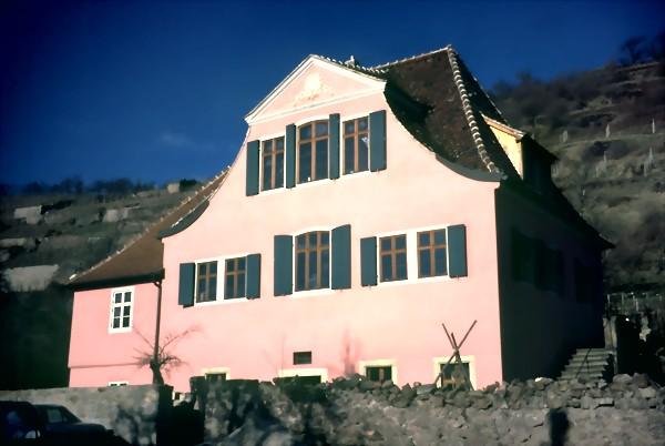 Haus fliegenwedel radebaul ripal produktion und verlegen von warmwasser fu bodenheizung und - Architekt radebeul ...